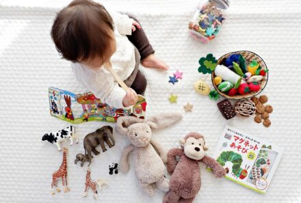 Le Petit Gan International Preschool Holiday Gift Guide – 20 Gifts for 2020